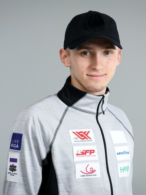 Latvia-luge-junior-team-20181123-324